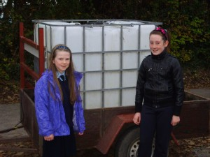This tank contains 1 cubic metre of water